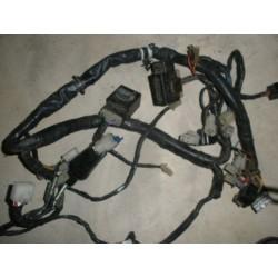 elektrika FZR 600