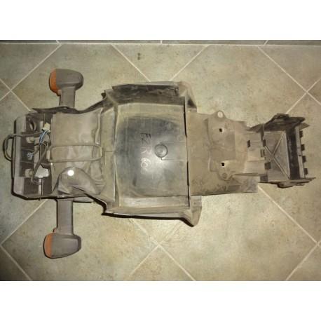 zadní blatník FZR 600